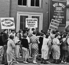 Striking mill workers in Reading, Pennsylvania, 1933 ...