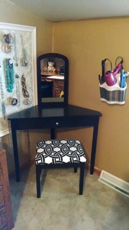Best Corner Vanity All Dolled Up Pinterest Corner Vanity 400 x 300