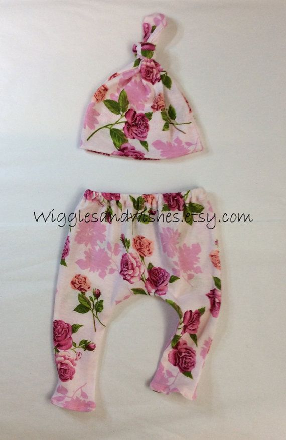 Baby leggings and hat set infant newborn by Wigglesandwishes
