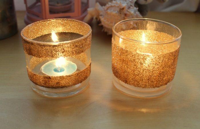 teelichter basteln teelicht mit kinder goldene glitter kleine kerze diy tischdeko teelichthalter aus glas brokat