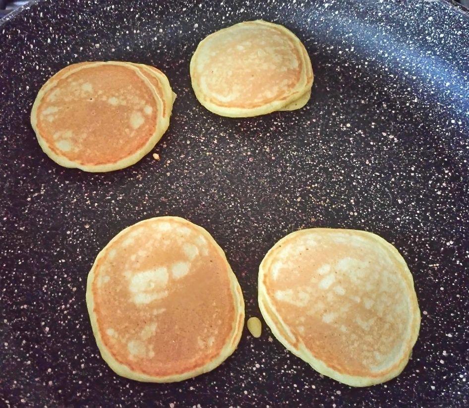 Pancakes e waffles light (ricetta base)