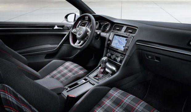 2014 Volkswagen GTI Interior
