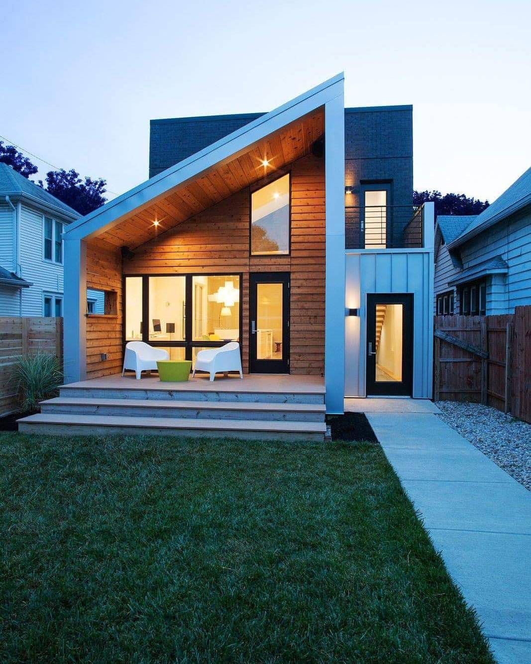 Pin By Jessica Robles On Backyard In 2020 Metal Buildings Metal Siding House Modern House Exterior