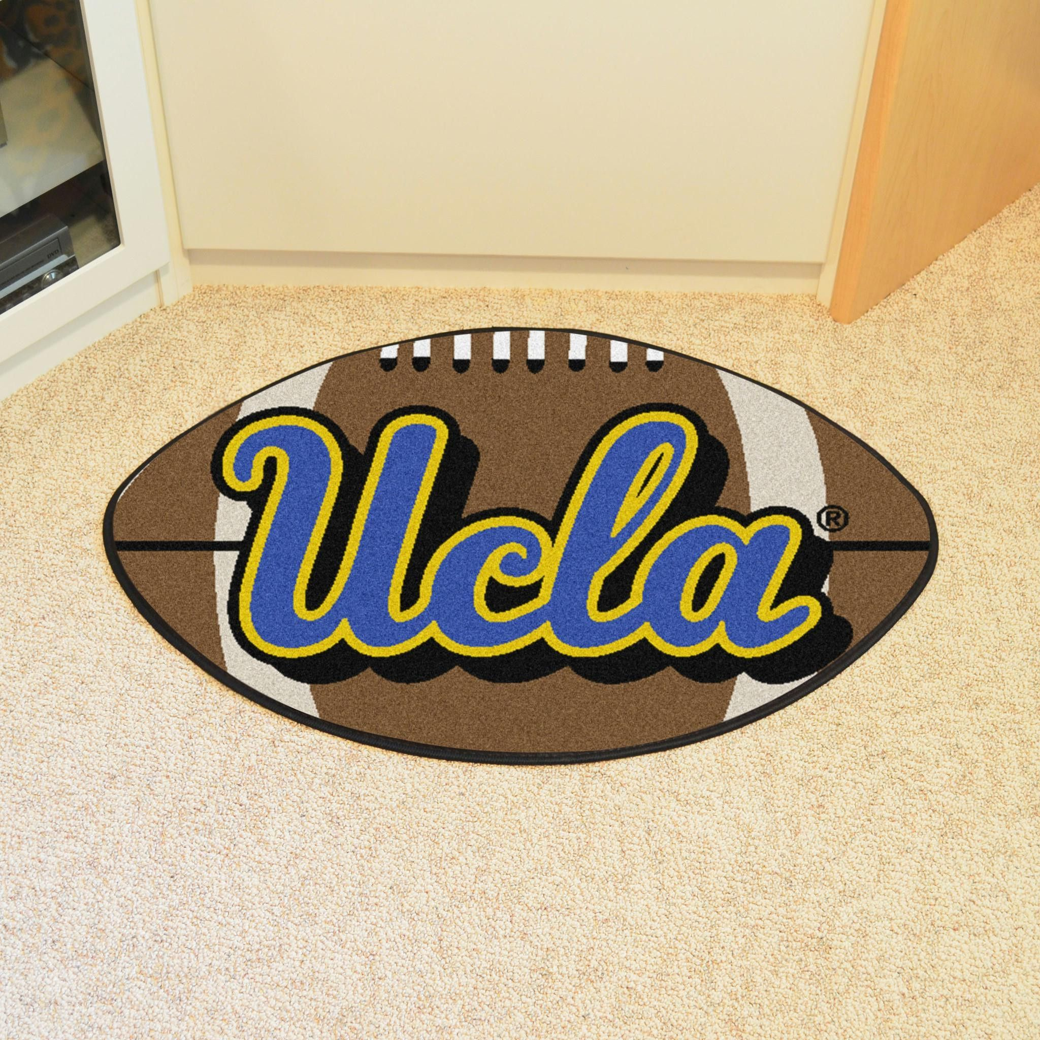 For Football Fans Of All Ages Our Fanmats Carpet Rugs Were Made You The Ncaa Team Logo Is Featured In Center A Luscious Rug That Looks