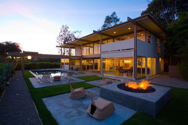 Home Renovation in Bel Air With a Seamless Indoor-Outdoor Transition