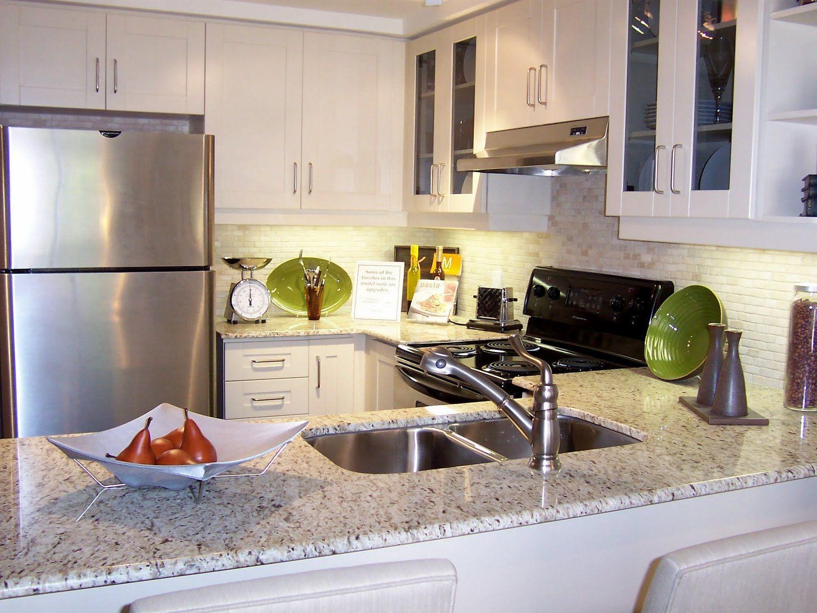 Best White Cabinets White Rpink Granite Granite Has A 400 x 300