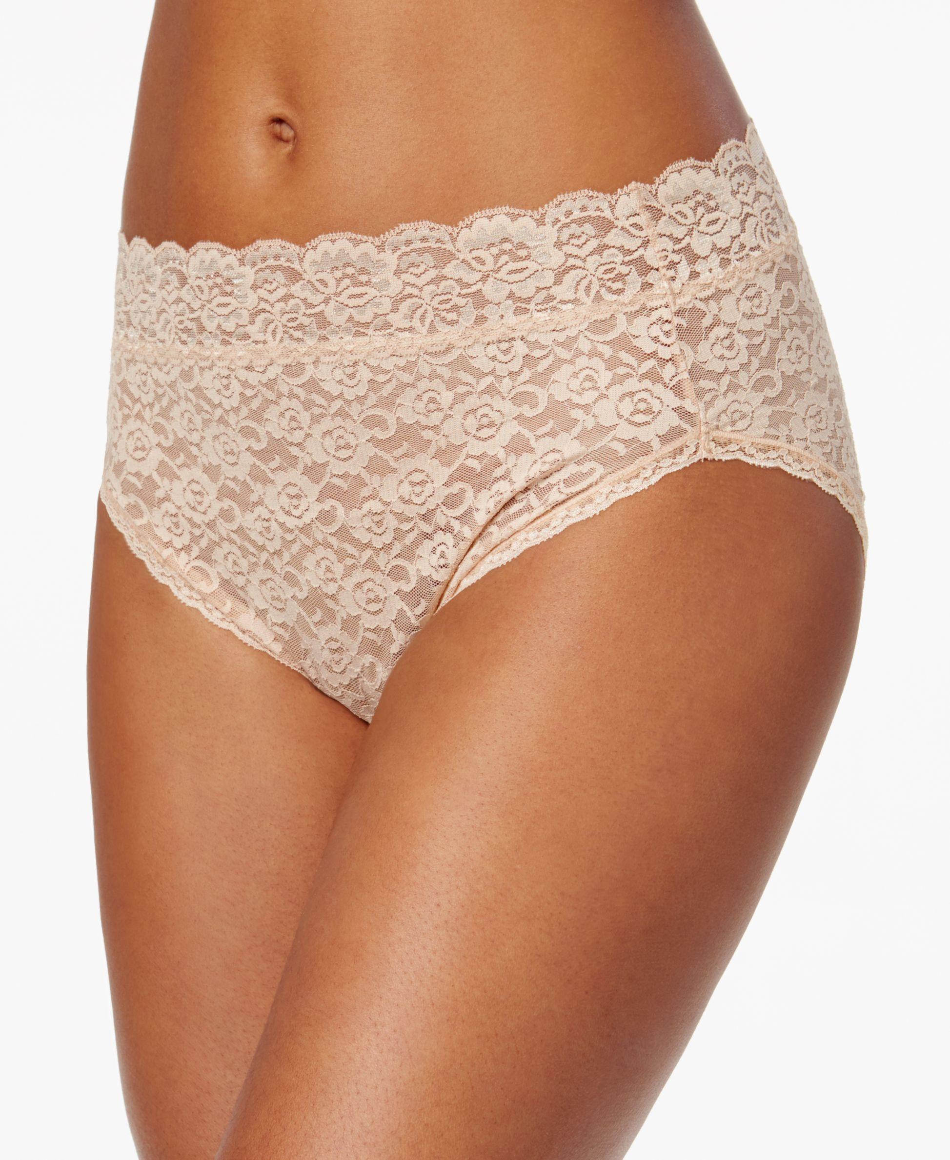 58023f2291b5e Vanity Fair Women s Flattering Lace Hi Cut Panty 13280