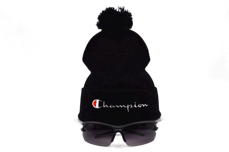 21669dc88cc Mens   Womens Champion Script Trademark Brand Logo One Size Fits All Winter  Warm Fashion Basic Knit Pom Beanie Cap - Black