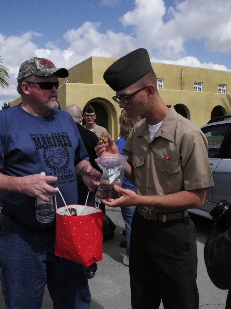 What Is A Mcrd San Diego Marine Family Day Like Here Is What To Expect At A Usmc Family Day Marine Corps Bootcamp Boot Camp Graduation Marines Boot Camp