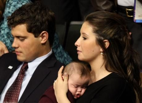 Chatter Busy: Bristol Palin: The Real Reason She Refuses To Let Levi Johnston To See Their Son