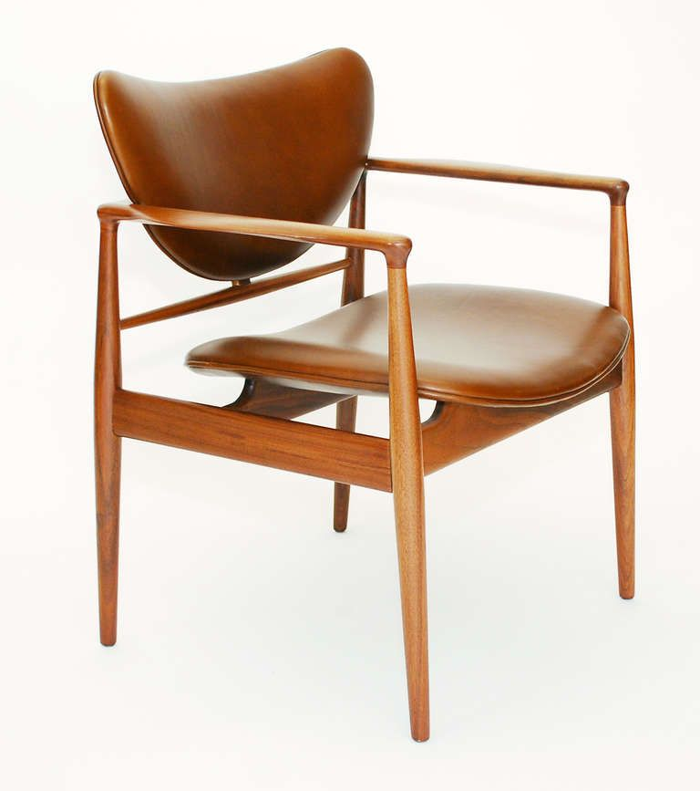 Miraculous The 48 Chair By Finn Juhl For Baker In Walnut And Cognac Ibusinesslaw Wood Chair Design Ideas Ibusinesslaworg