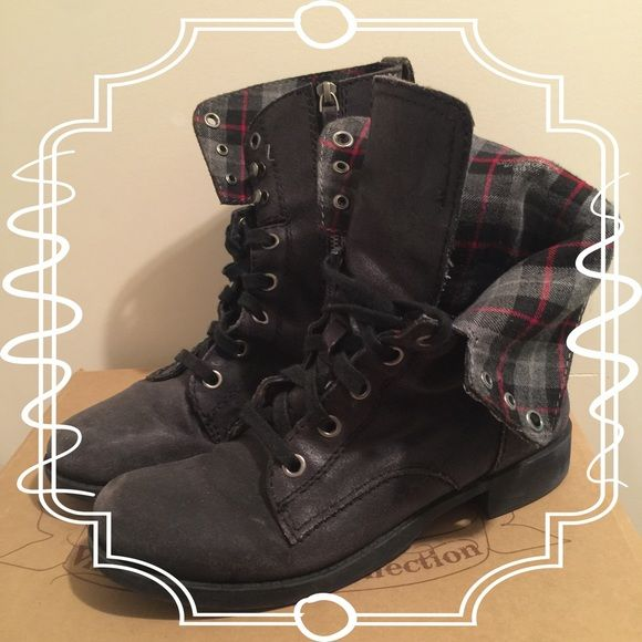 Nine West Combat Boots Hardly ever worn because I have Doc Martens! In great shape and has a zip side for your convenience :) Also has a super cute tartan print on the inside!! Nine West Shoes Combat & Moto Boots