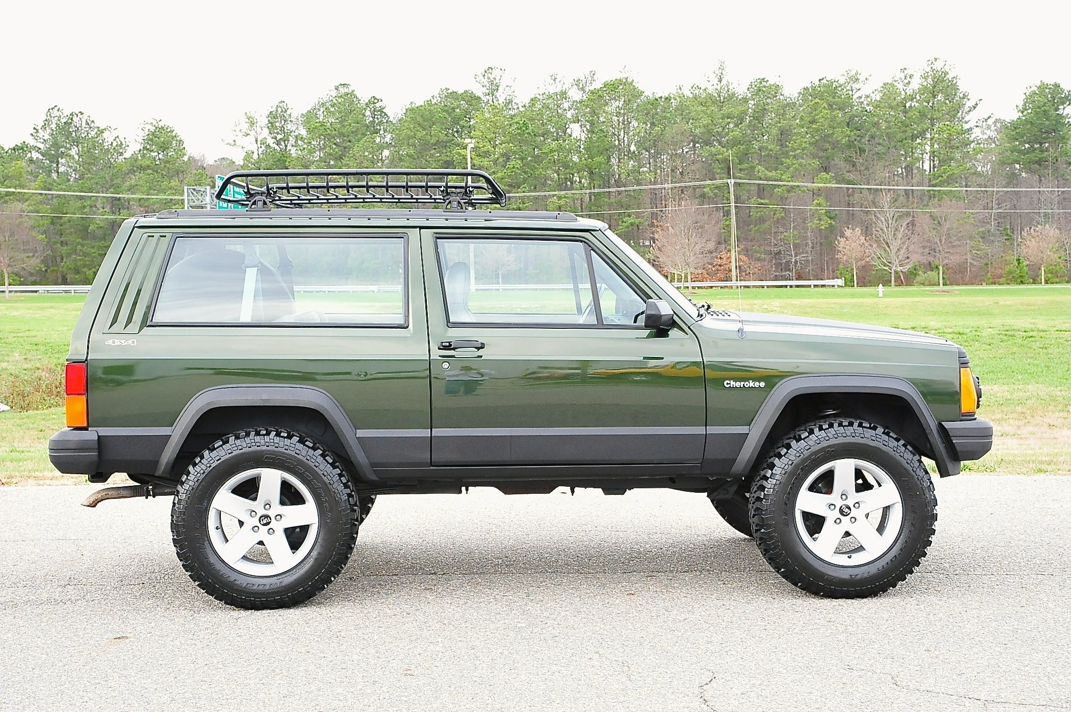 Awesome 2 Door Jeep Cherokee For Sale Jeep Cherokee Xj Jeep