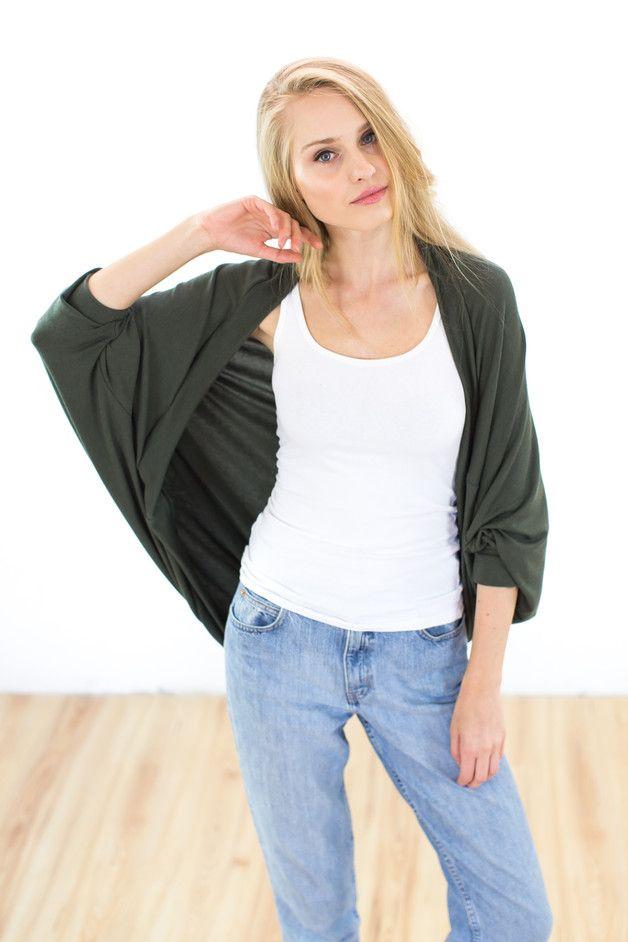 Fledermausärmelshirts - Cardigan Bella olivgrün - ein Designerstück von Shoko bei DaWanda
