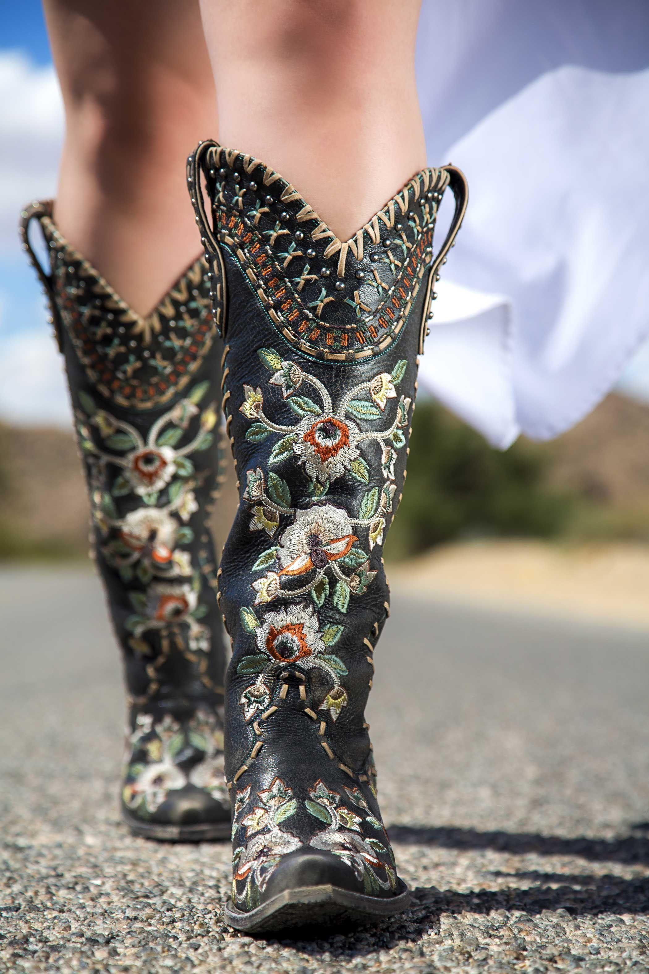 Pin on Cowgirl * Western Wear