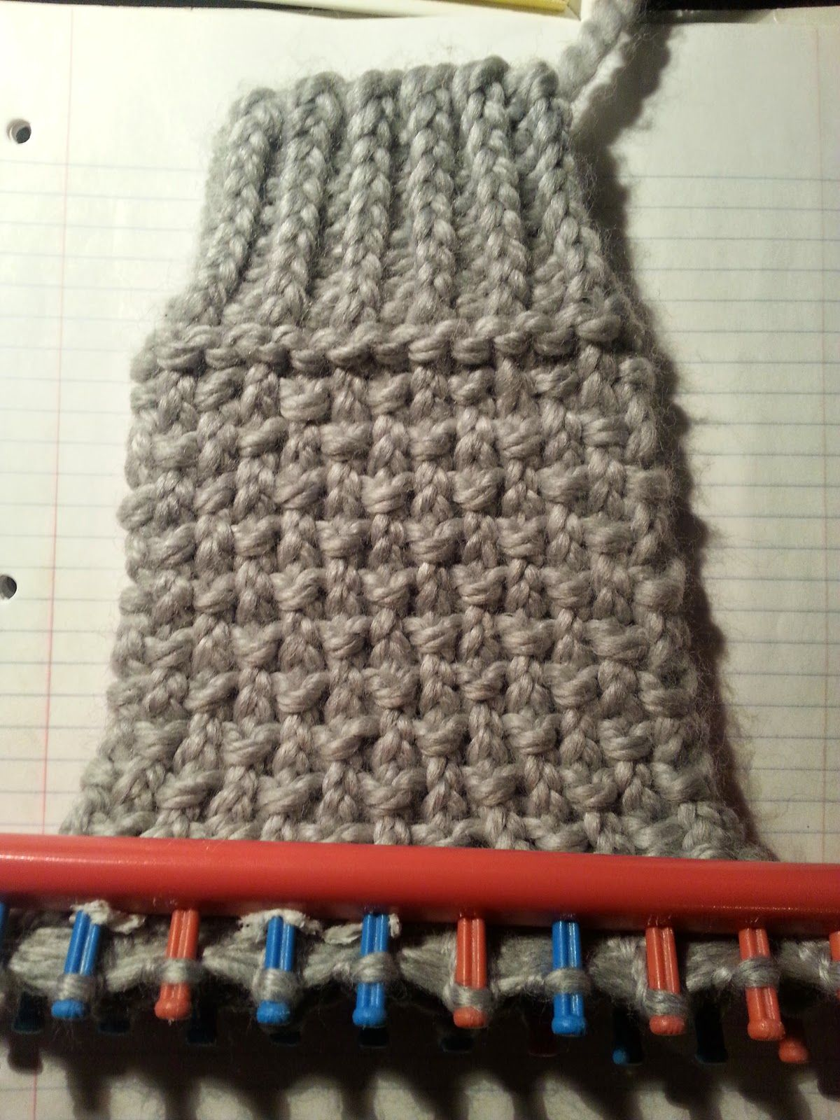 Looming Exclusive Designs: Cozy Gray Boot Cuffs. This is a blog that ...