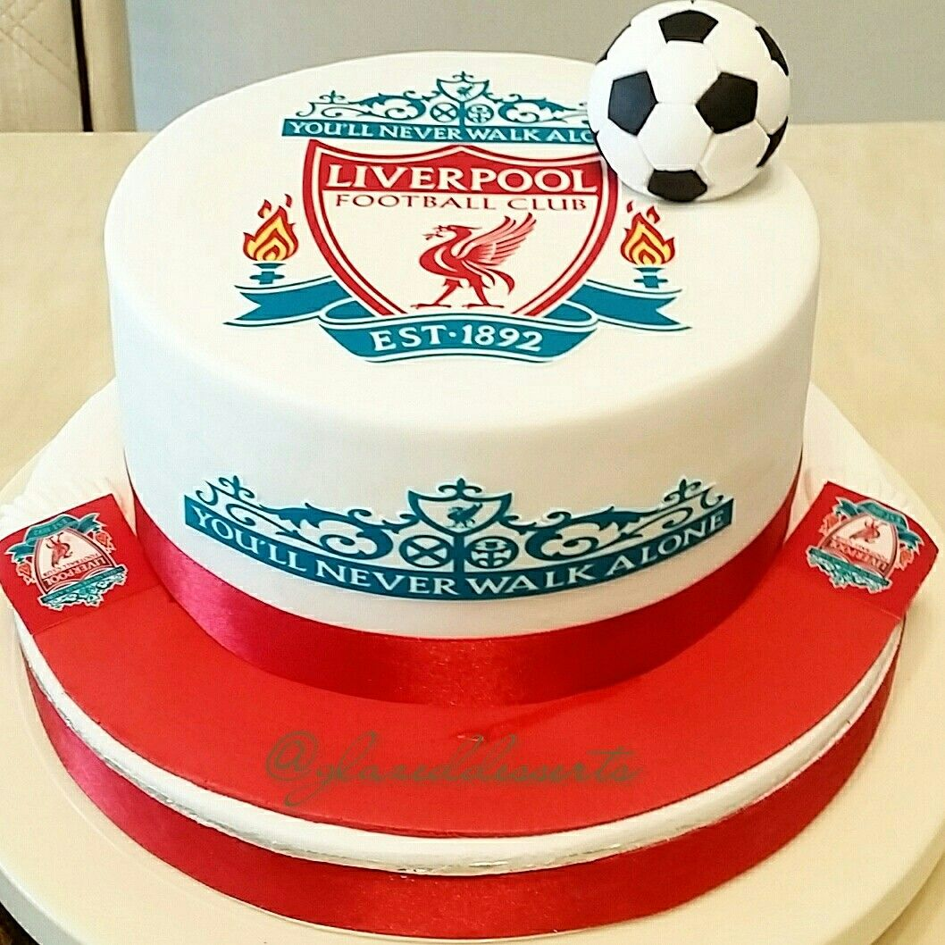 How To Make An Interesting Art Piece Using Tree Branches Ehow Liverpool Cake Soccer Birthday Cakes Lfc Cake