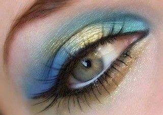 blue eye makeup tutorial