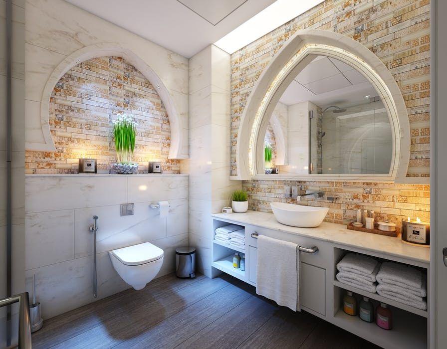 トイレ オシャレすぎる 鏡 広い レンガ リフォーム バスルーム
