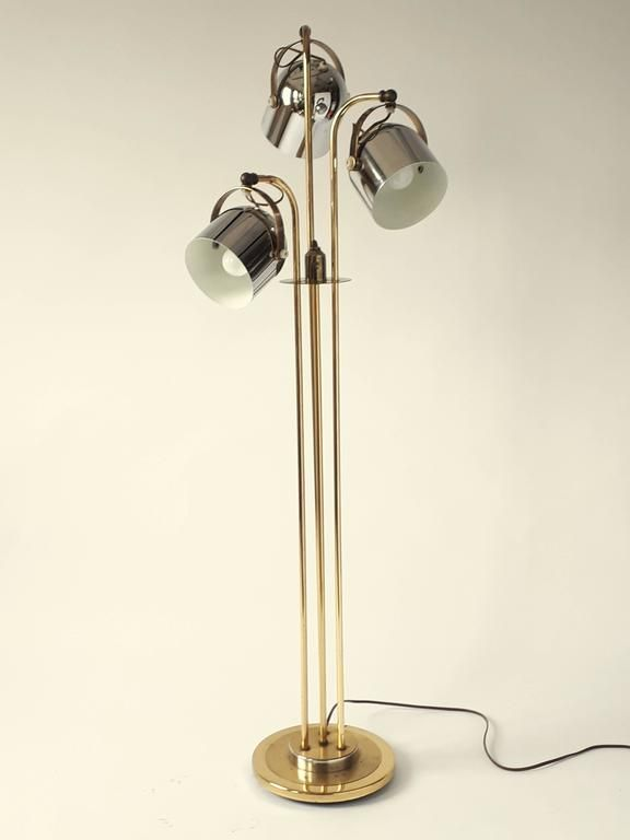 3 heads floor lamp in the style of reggiani 1960s usa from a