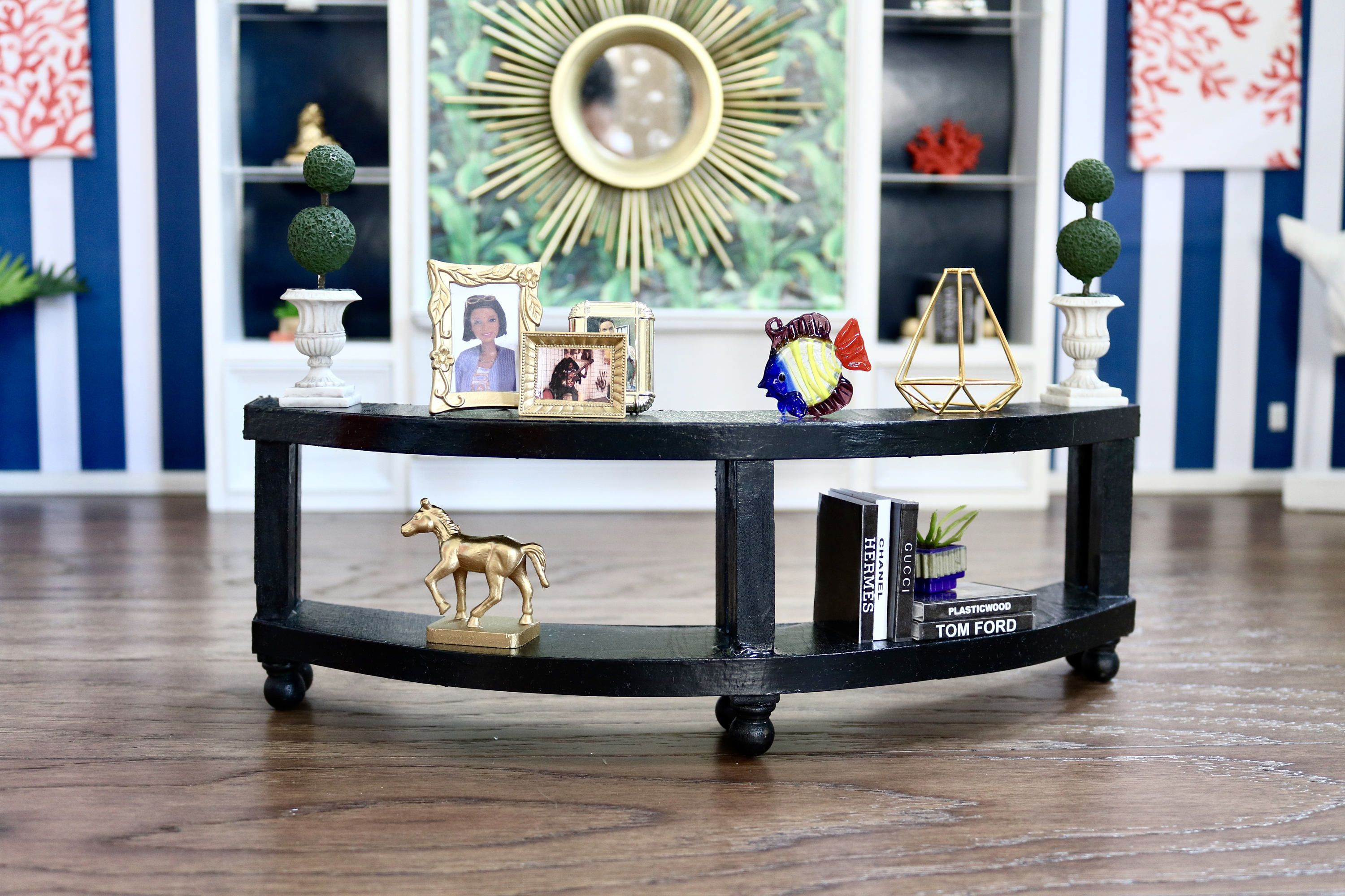 Curved Back Sofa Table For Dollhouse