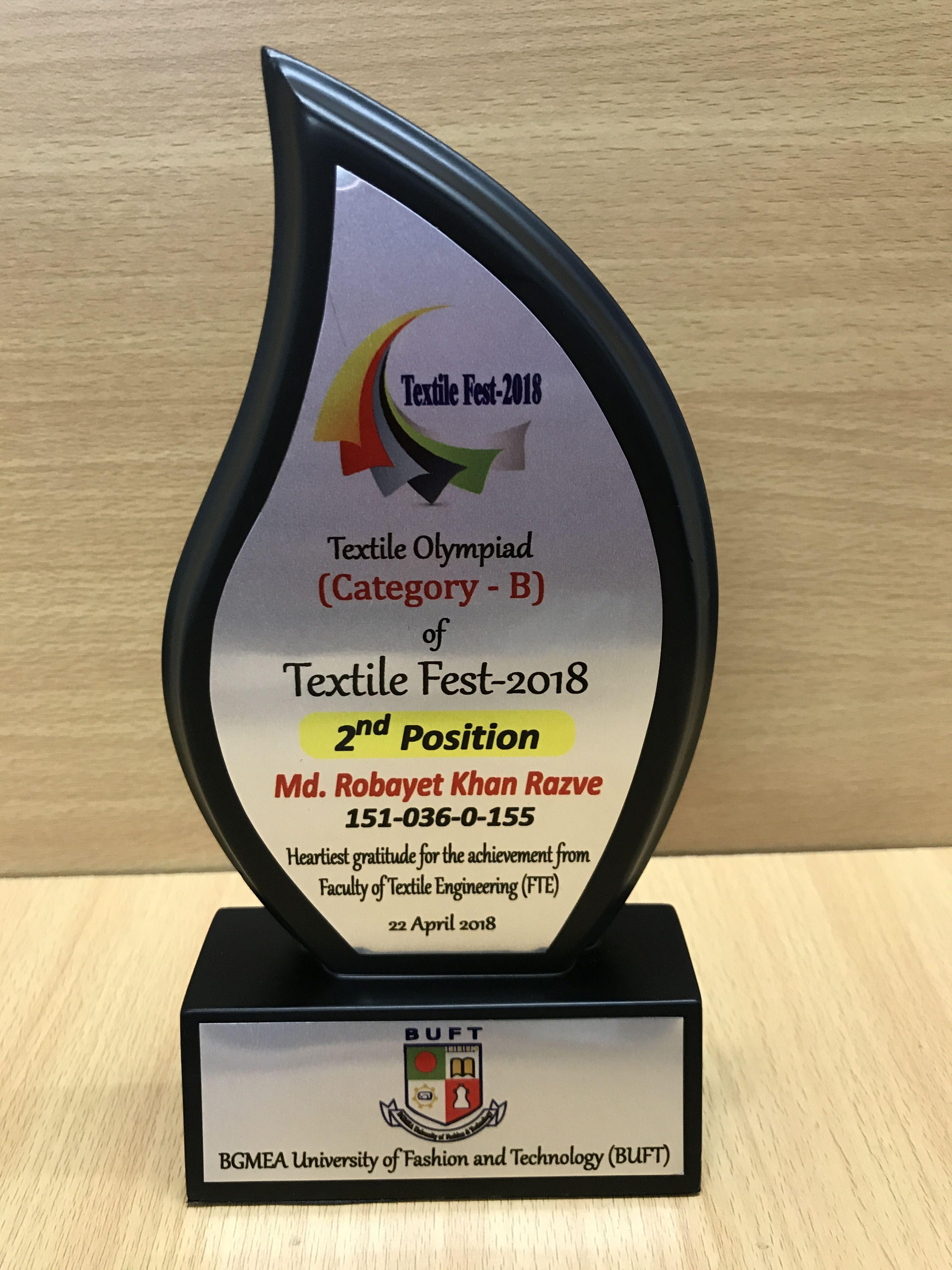 Pin de Golden Crest en Award (con imágenes) Premios