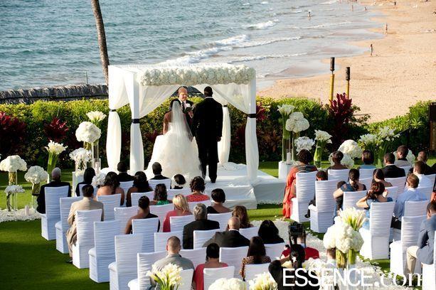 Arizona Cardinals Star Adrian Wilson S Vow Renewal Wedding Ceremony Flowers Beach Theme Wedding Arizona Wedding Locations
