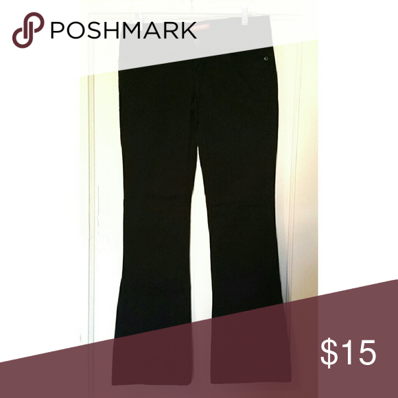UNIONBAY Stretch Boot Cut Pants SIZE 9 Unionbay Stretch black pants. 96% cotton, 4% spandex. No signs of wear, like new! UNIONBAY Pants Boot Cut & Flare