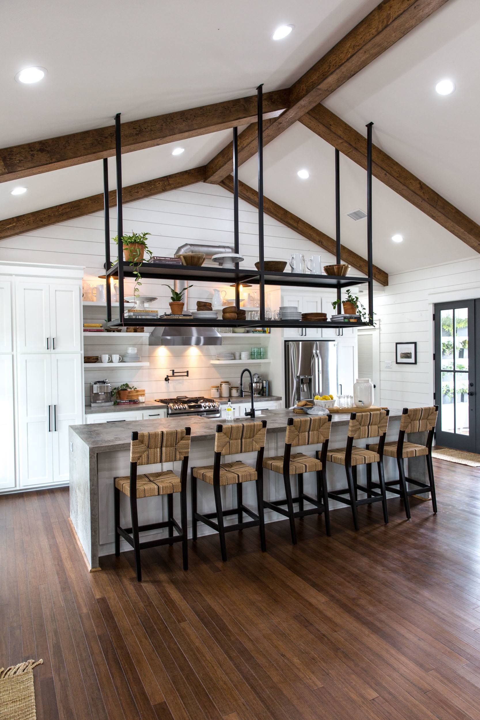 Fixer Upper Season 4 Episode 16 The Little Shack On Prairie Chip And Joanna Gaines Waco Tx Kitchen