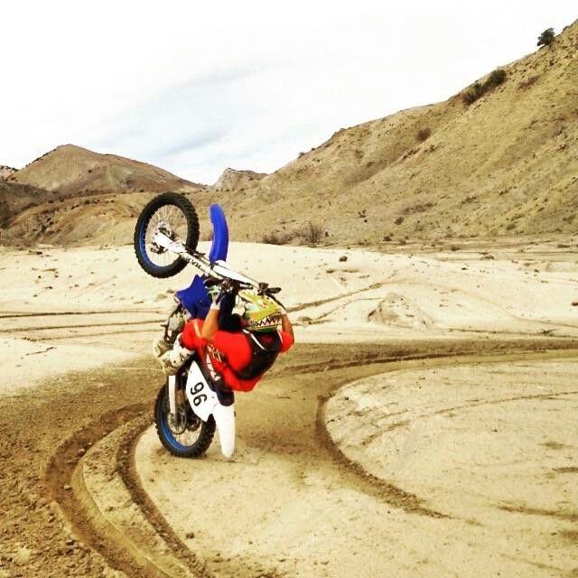 12 O Clock Wheelie Motocross Bike 12 O Clock