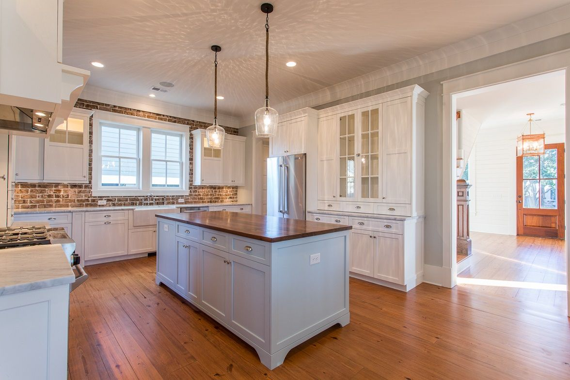 Best Kitchen With White Cabinets Marble Countertops Wood 400 x 300