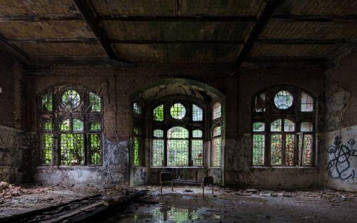 "darbians: ""abandoned hospital """