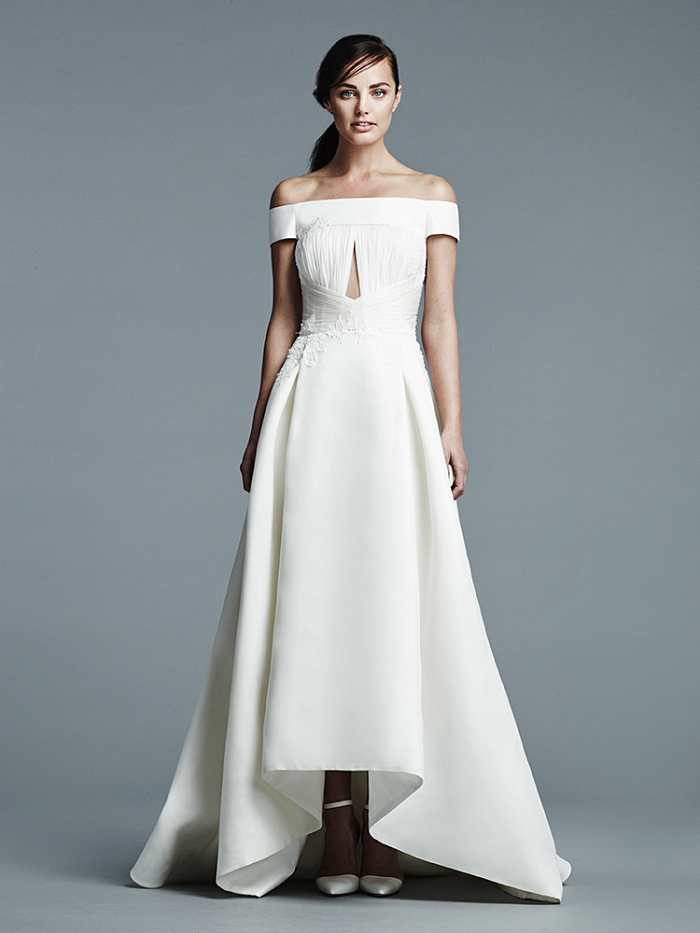 J Mendel Bridal Spring 2017 Wedding Dress | offthe shoulder wedding dress | itakeyou.co.uk #weddingdress #weddingdresses #wedding #weddingdresses2017 #bridalgown #weddinggown