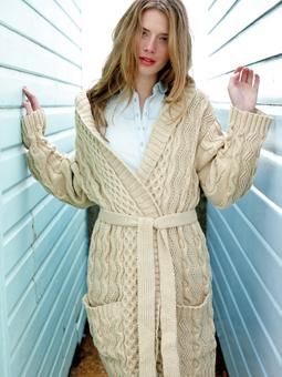 d5330bf55b060 Kerry Hooded Cabled Cardigan Jacket Coat Sweater ~ Free Knitting Pattern