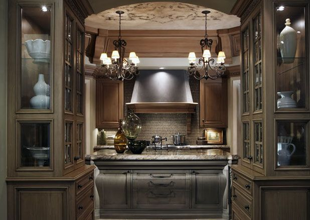 Six degrees of separation from a white kitchen the for Beautiful traditional kitchens