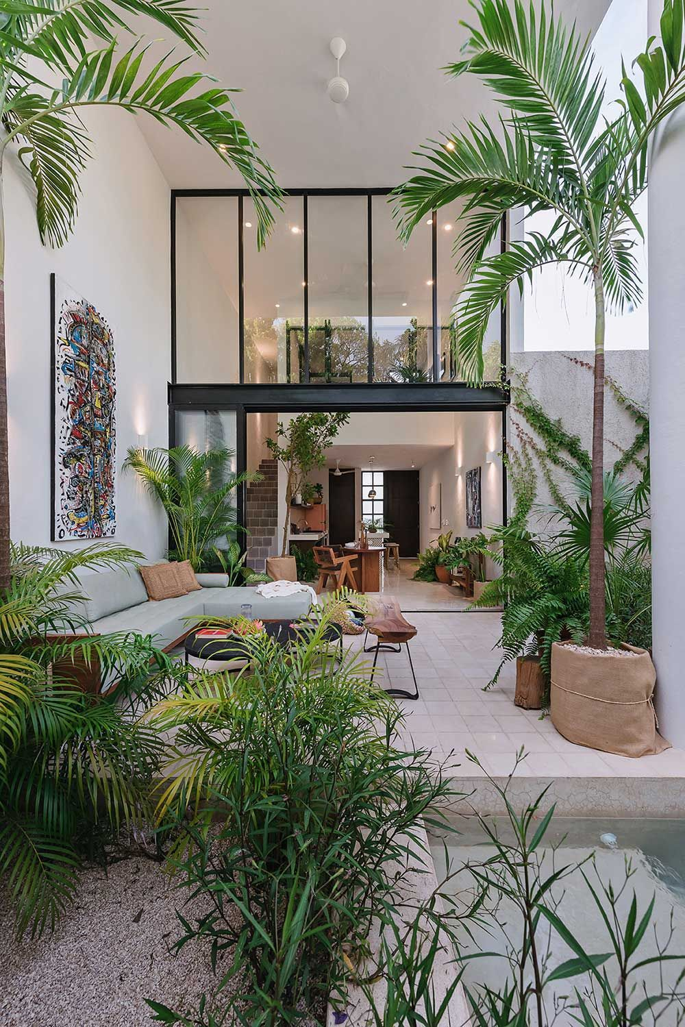 Casa HANNAH in the Yucatan Plays With Double Heights to Feel Larger