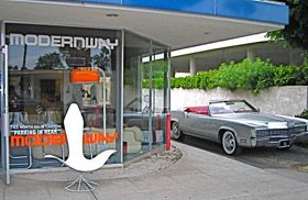 Mid Century Modern Furniture Stores In Palm Springs With Images Mid Century Modern Furniture Stores Midcentury Modern Palm Springs Mid Century Modern
