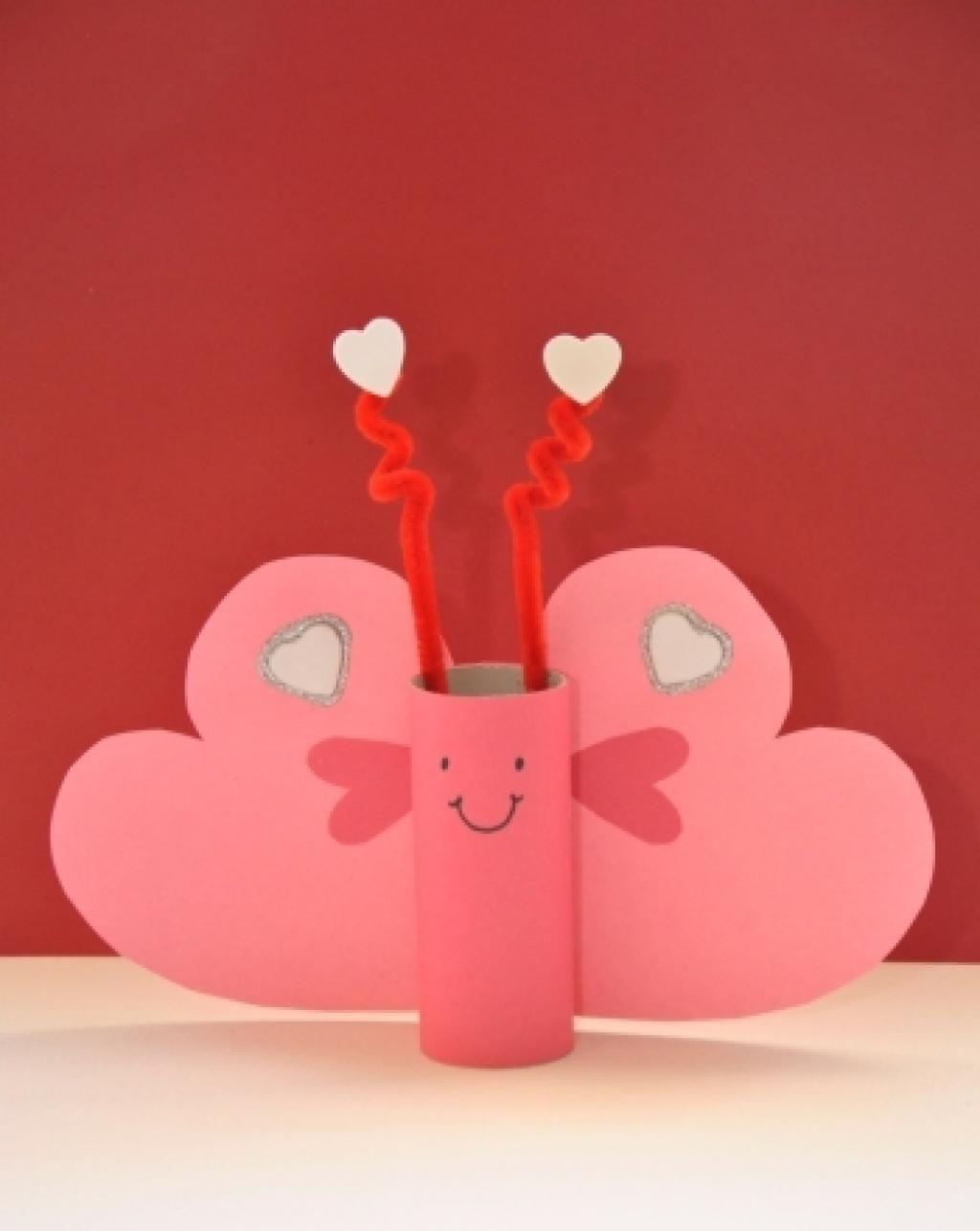 10 adorables bricolages de saint valentin faire avec les. Black Bedroom Furniture Sets. Home Design Ideas