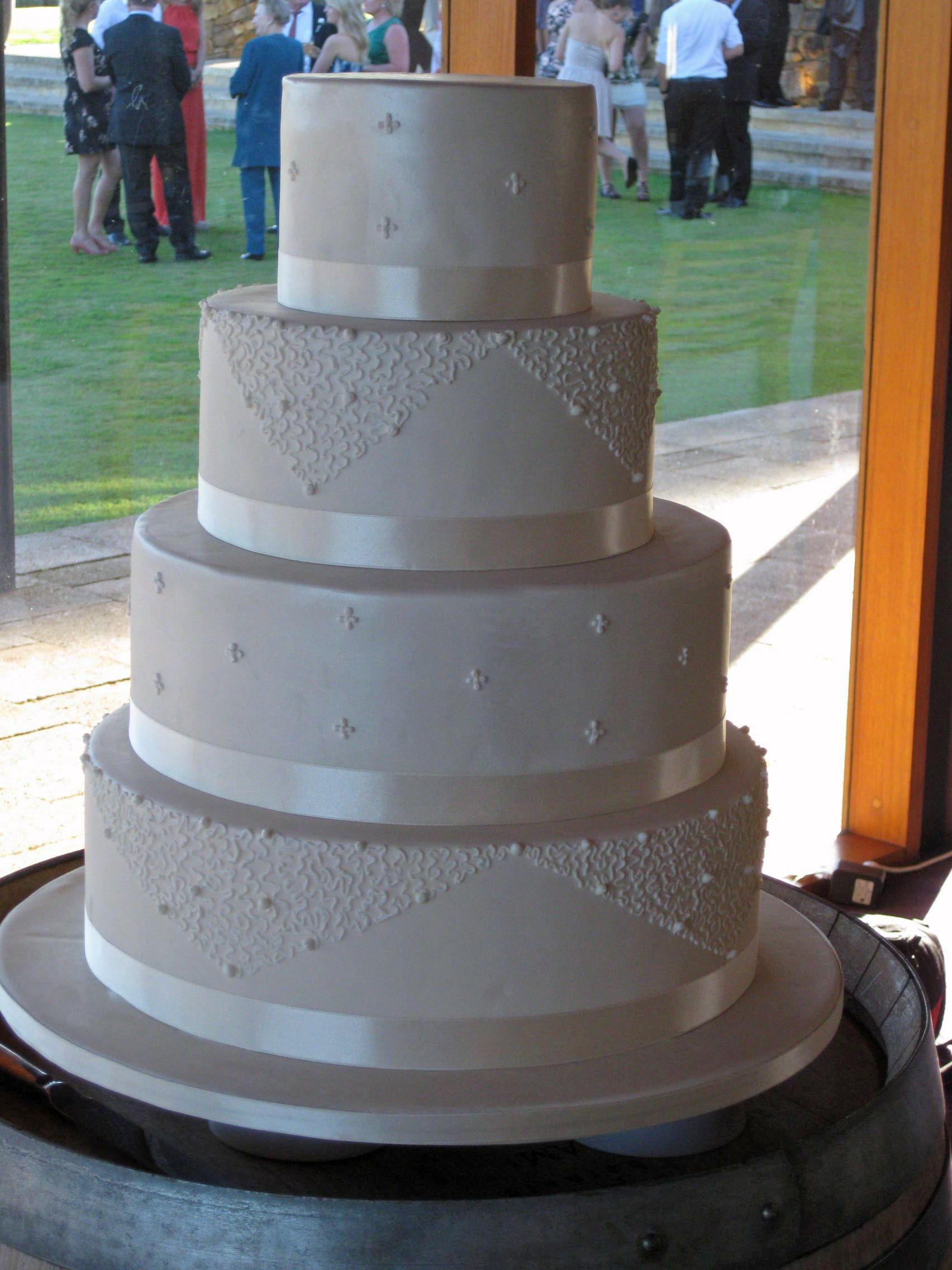 Stunning Wedding Cake By Love Couture