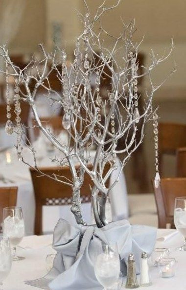 winter wedding ideas Winter Wedding Ideas Paperblog Wouldnt have to be winter silvery branches a #christmasweddingideas