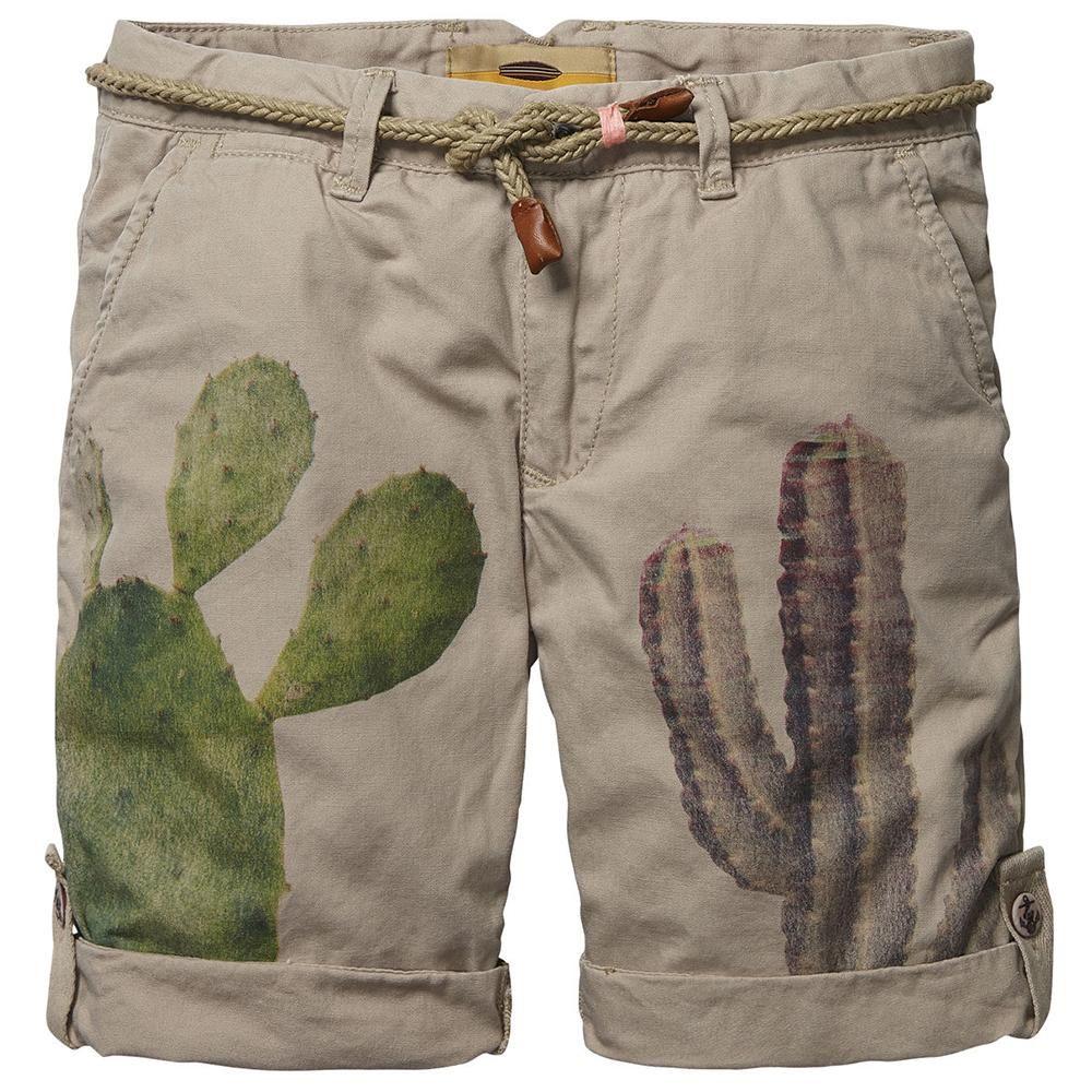 Zandkleurige short van scotch shrunk met een tropische cactusprint