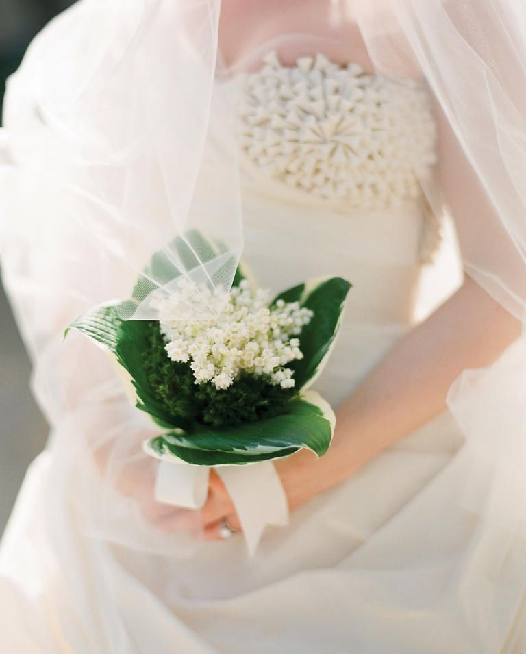 10 Tried And True Wedding Flowers Why They Re Great