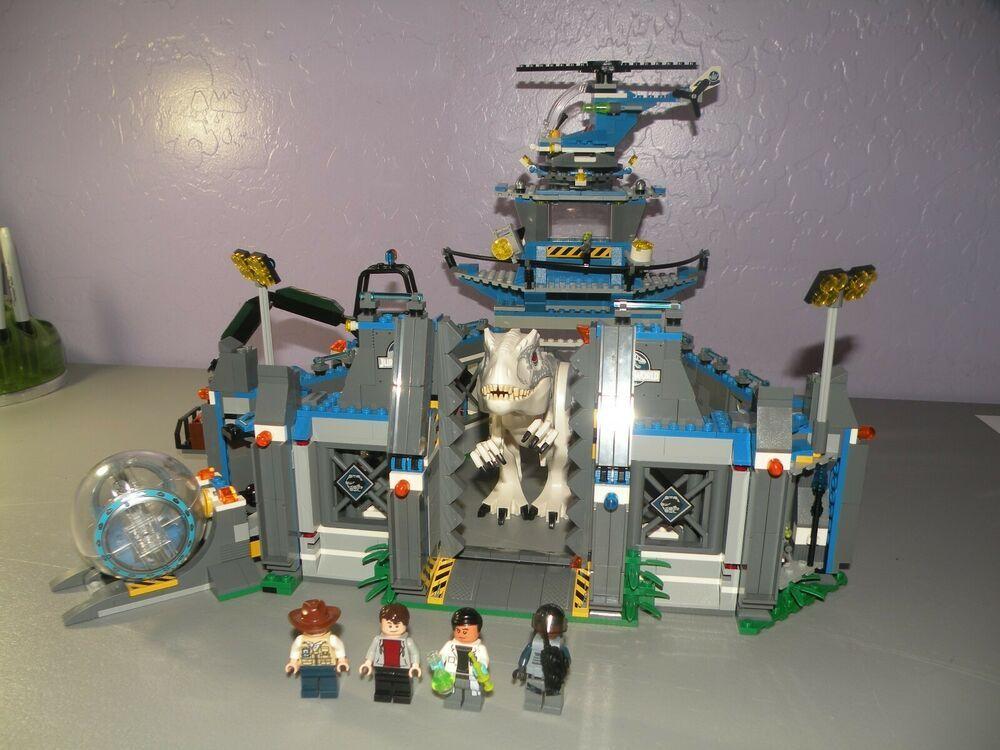 LEGO Jurassic World Indominus Rex Breakout 75919 Complete