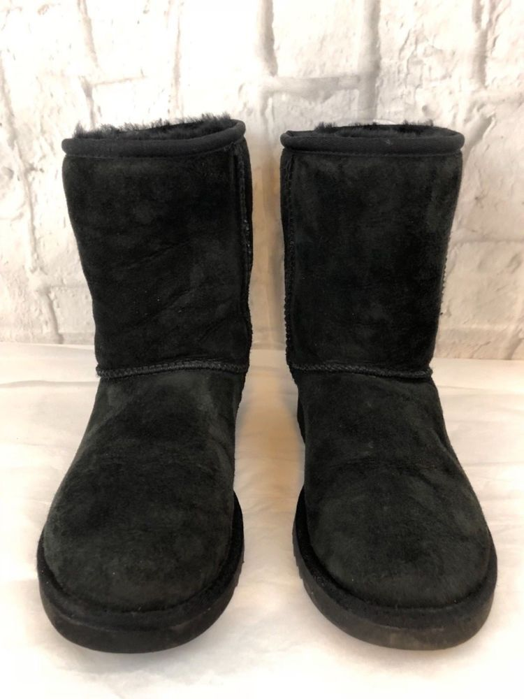 1b7b037bae5 UGG Australia Black Classic Short 5825 Leather Sheepskin Boots Size ...
