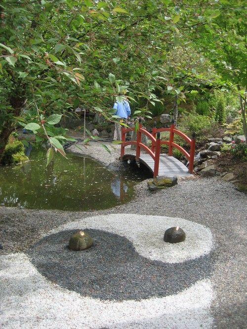 Colored gravel, yin-yang | Garden Paths | Pinterest | Yin yang ...