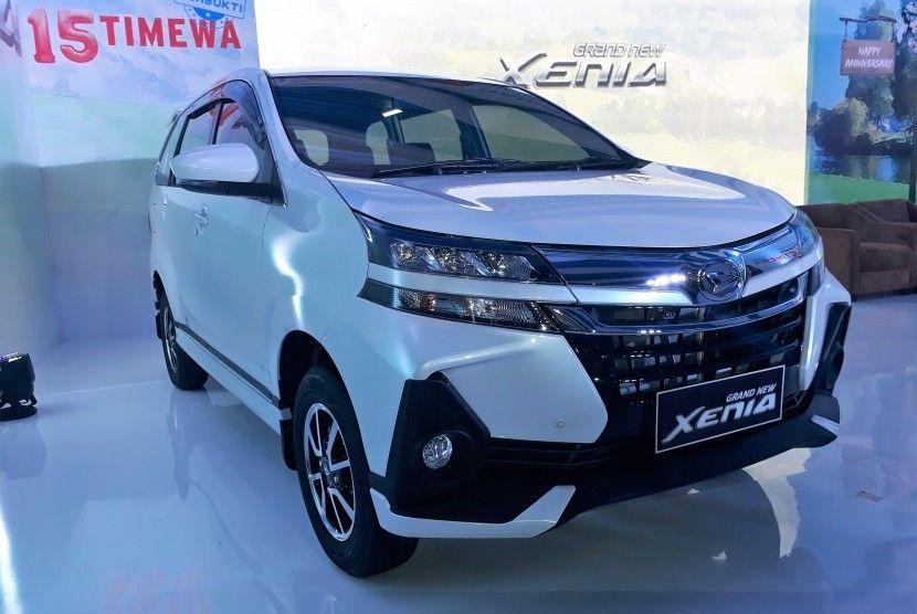 Perbedaan Varian Terbaru Daihatsu Grand New Xenia 2019 Daihatsu Xenia Suv
