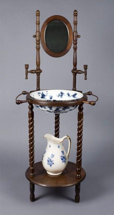High Victoriana Victorian Decor Victorian Furniture Wash Stand