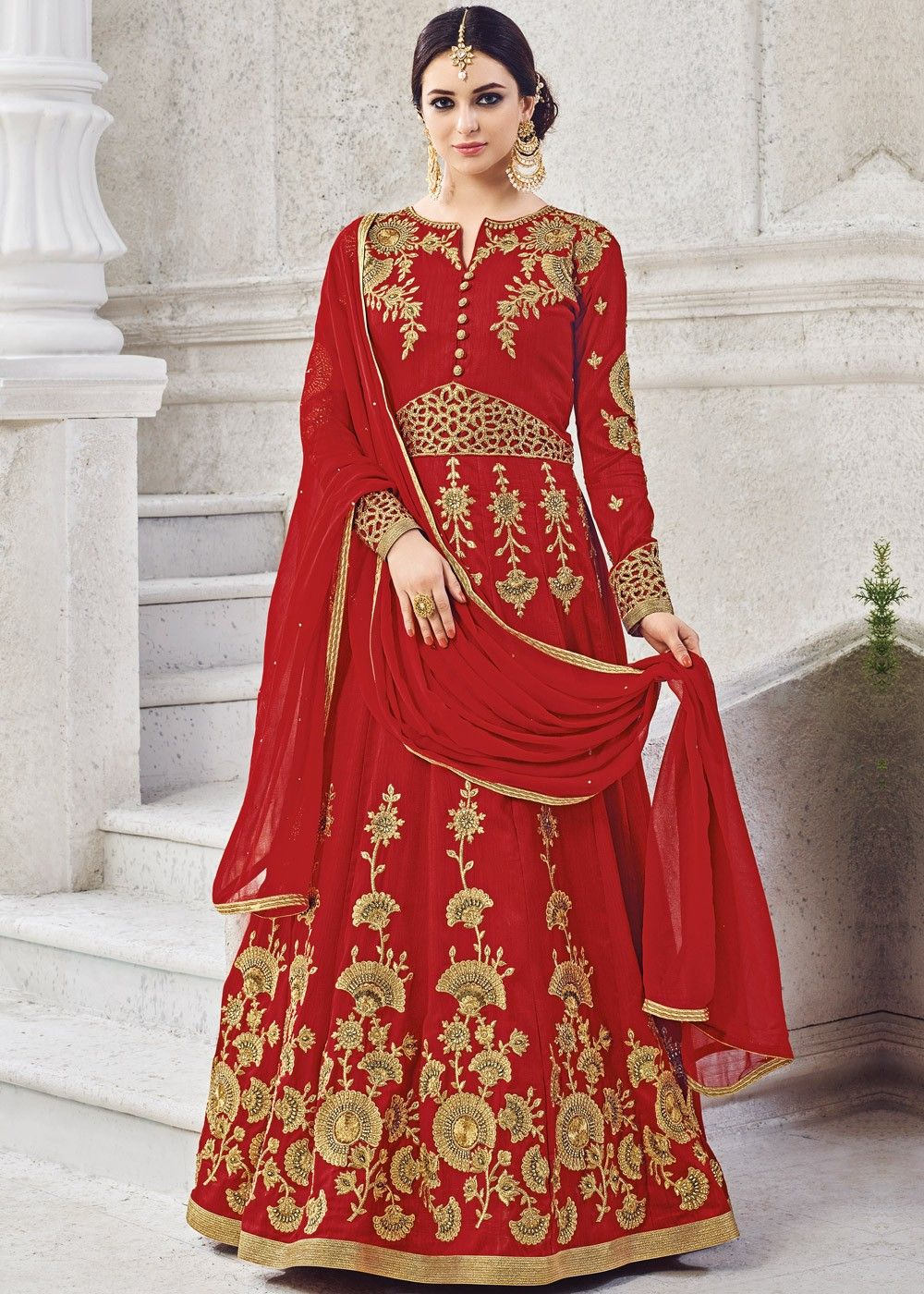 9428e730e8 #Red full sleeved #abaya style #kameez in art #silk embellished with all  over #zari, #embroidery and stone work.