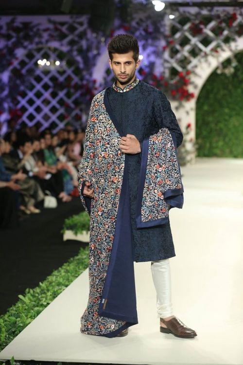 Varun Bahl at India Couture Week 2016 - Look 11