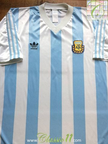 17ec286bd Relive Argentina s 1990 1991 international season with this vintage Adidas home  football shirt.
